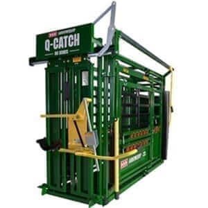 Squeeze Chutes and Cattle Handling Equipment