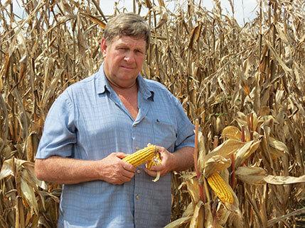 Donnie Martin Circle S Plant Food Corn Customer